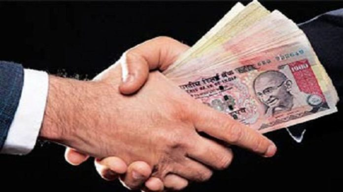 Video of officials seeking bribe viral